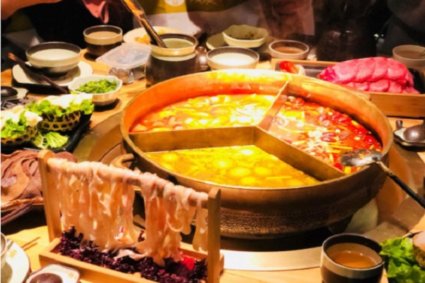 凑凑火锅属于哪个集团